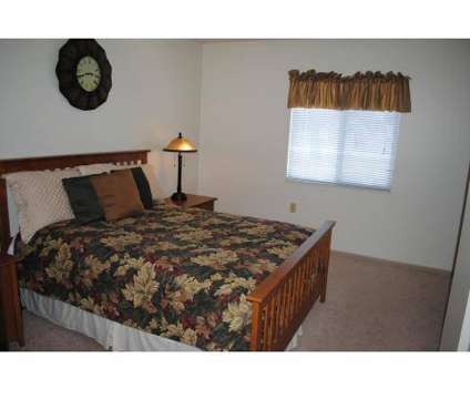 2 Beds - Columbia Woods at 3343 Columbia Woods Dr in Akron OH is a Apartment