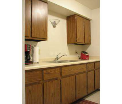 2 Beds - Ryan Green at 9506 S Ryan Green Court in Franklin WI is a Apartment