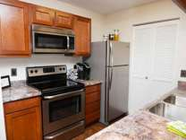 3 Beds - Drakes Pond Apartments