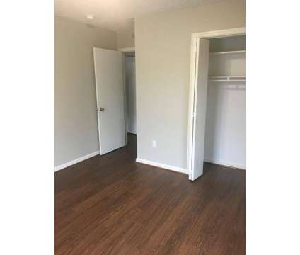 Studio - The Villages at Hikes Point at 3712 Klondike Ln in Louisville KY is a Apartment
