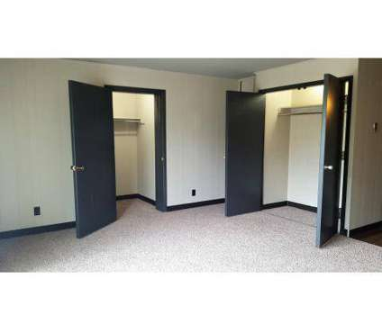 1 Bed - Studio City Apartments at 2245 Winter Parkway in Cuyahoga Falls OH is a Apartment