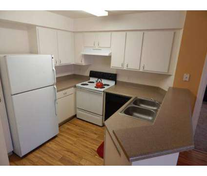 3 Beds - Canon de Arrowhead at 1700 Market St Nw in Albuquerque NM is a Apartment