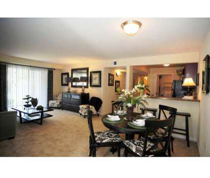 3 Beds - River Mews Apartments & Townhomes at 91 River Palms Rd in Newport News VA is a Apartment