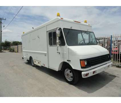 1999 GMC P30 CUES TV Inspection Vehicle is a 1999 Gmc P30 Service & Utility Truck in Miami FL