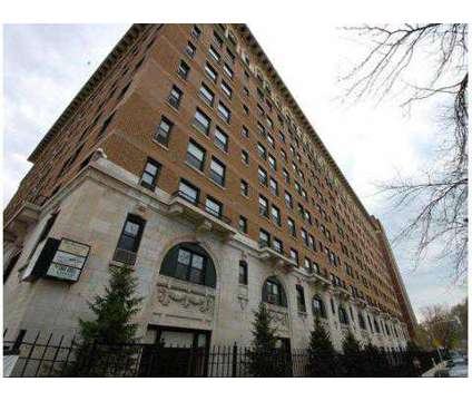 2 Beds - The Sovereign Apartments at 1040 West Granville Avenue in Chicago IL is a Apartment