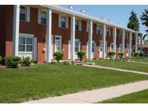 2 Beds - Stone Crossing Apartments