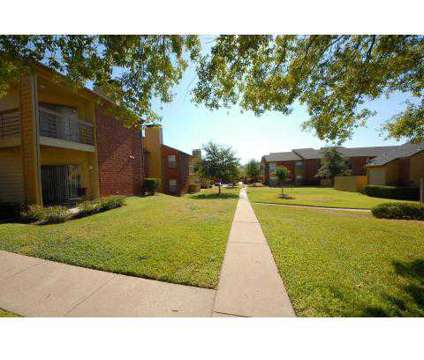 2 Beds - The Retreat at Western Hills at 601 N Twin Oaks in Temple TX is a Apartment