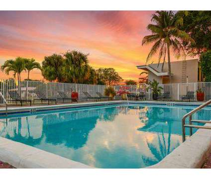 3 Beds - Del Oro Apartment Homes at 7001 Nw 16th St in Plantation FL is a Apartment