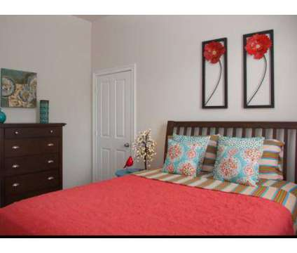 3 Beds - River Garden on Felicity Apartments at 913 Felicity St in New Orleans LA is a Apartment