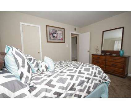 3 Beds - Parkside Crossing at 4233 Jonesboro Road in Forest Park GA is a Apartment