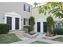 2 Beds - Staples Mill Townhomes