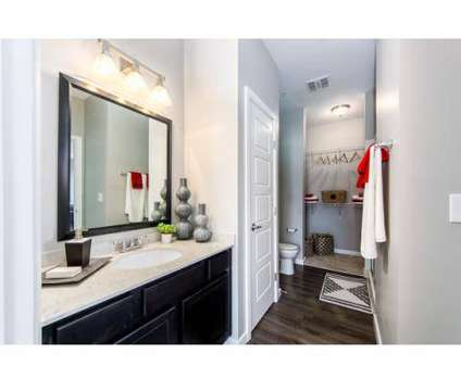 2 Beds - Stafford House at 7600 Huntington Park Dr in Columbus OH is a Apartment