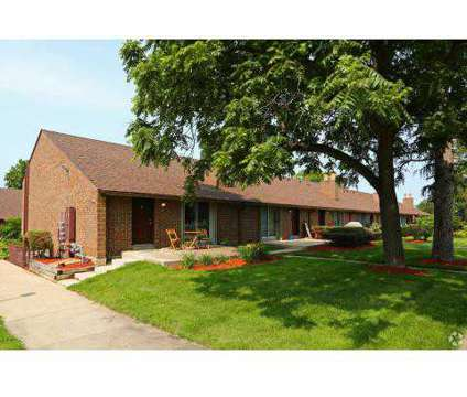 2 Beds - Crystal Lake Apartments at 132 W Woodstock St in Crystal Lake IL is a Apartment