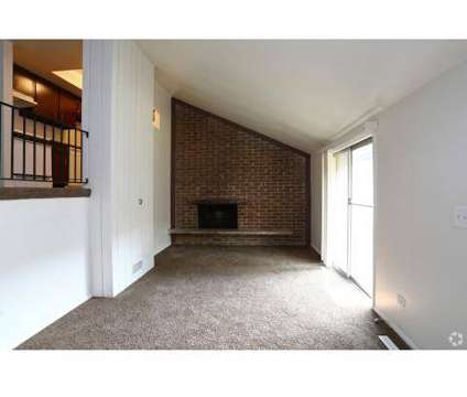 2 Beds - Crystal Lake Apartments at 128 W Woodstock St in Crystal Lake IL is a Apartment