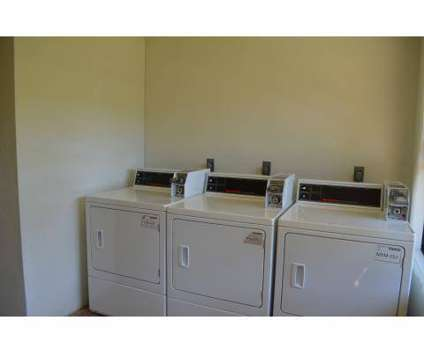 2 Beds - Ridgewood Apartments at 2170 Fort Harrods Dr #1 in Lexington KY is a Apartment