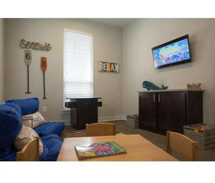 3 Beds - West Woods Apartments at 3202 W Nine Mile Road in Pensacola FL is a Apartment