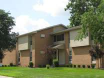 2 Beds - River Bend Apartments