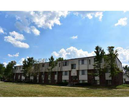 3 Beds - Huron View Apartments at 855 Green Rd in Ypsilanti MI is a Apartment