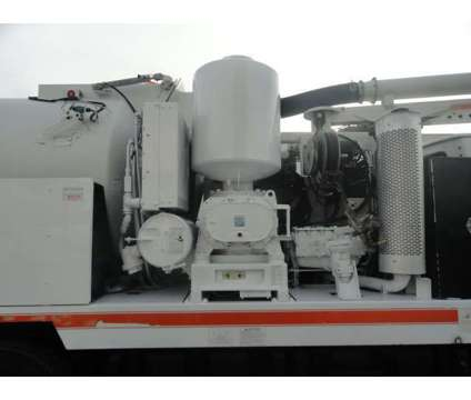 2004 Sterling L7500 VacCon VACUUM/JETTER COMBO is a 2004 Other Commercial Truck in Miami FL