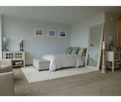 1 Bed - Lafayette Towers at 1301 Orleans in Detroit MI is a Apartment