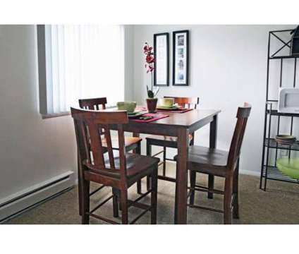 2 Beds - Heritage Park Apartments at 3325 Watkins Lake Road in Waterford MI is a Apartment