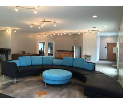 3 Beds - Campus Habitat at 806 West Broomfield St in Mount Pleasant MI is a Apartment