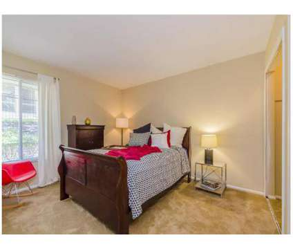 2 Beds - One Hundred Chevy Chase Apartment Homes at 100 Lakeshore Dr in Lexington KY is a Apartment