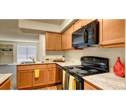 3 Beds - Motif Apartment Homes at 2529 West Cactus Rd in Phoenix AZ is a Apartment