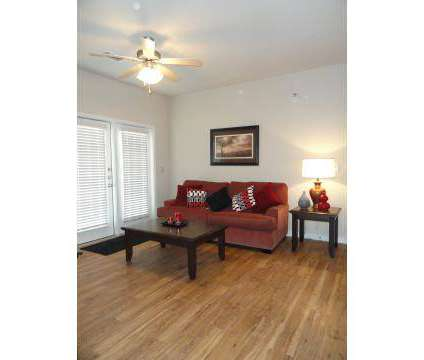 3 Beds - Reserve at Jones Road at 2101 Nw Frontage Rd in Beeville TX is a Apartment