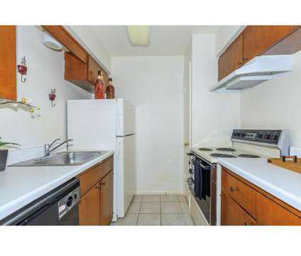 2 Beds - Braden Creek & Park Place at 4801 South Braden Ave in Tulsa OK is a Apartment