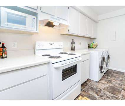 2 Beds - The Landings at 800 Falcon Dr in Absecon NJ is a Apartment