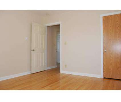 3 Beds - Seaglass Apartments at 1014 Parkside in Bremerton WA is a Apartment