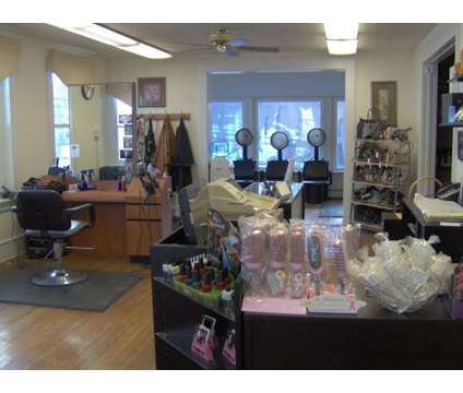 FT Hair Stylist Wanted is a Full Time Hair Stylist in Fitness Job at Dynamique Designs in Collegeville PA