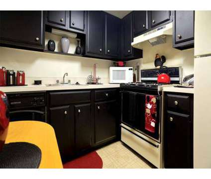 2 Beds - Village of Pennbrook Apartments at 9071 Mill Creek Road in Levittown PA is a Apartment