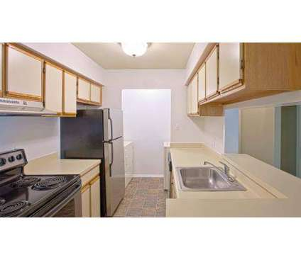 3 Beds - Hunter's Chase Apartments at 5200 Hunt Master Dr in Midlothian VA is a Apartment
