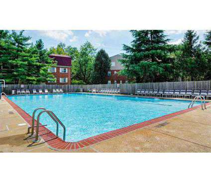 2 Beds - Foxchase Apartments at 320 North Jordan St in Alexandria VA is a Apartment