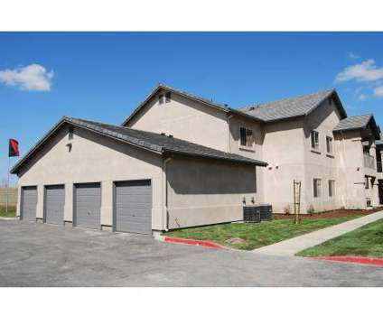 2 Beds - Cameron Crossing at 200 E Cameron in Visalia CA is a Apartment