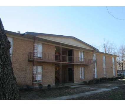 Studio - Campus Heights at 641 Southern Oaks Place #1 in Memphis TN is a Apartment
