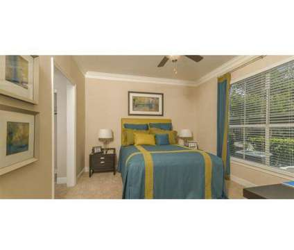 2 Beds - Kirby Place at 7500 Kirby Dr in Houston TX is a Apartment