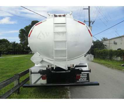 2007 Kenworth T800 Beall 4,500 Gallons Fuel Truck is a 2007 Kenworth T800 Tank Truck in Miami FL
