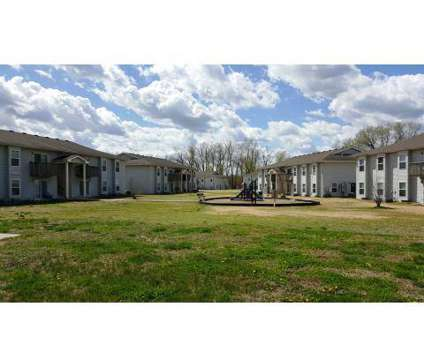 3 Beds - Sun River Apartments at 402 River Falls Rd #100 in Edwardsville KS is a Apartment