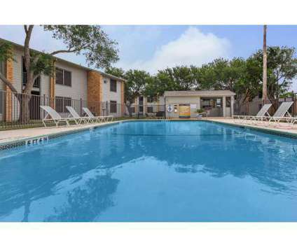 1 Bed - The Pointe at 1901 Rodd Field Road in Corpus Christi TX is a Apartment