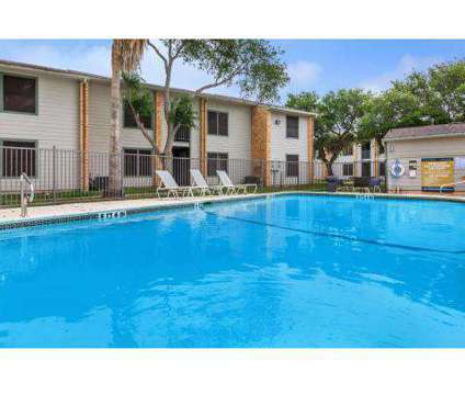 2 Beds - The Pointe at 1901 Rodd Field Road in Corpus Christi TX is a Apartment