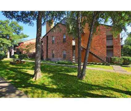 1 Bed - Avistar in 09 at 6700 North Vandiver in Alamo Heights TX is a Apartment