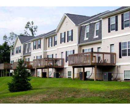 2 Beds - The Paddock at 5900 Copper Beech Boulevard in Kalamazoo MI is a Apartment