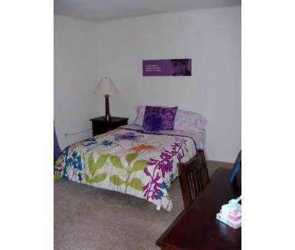 4 Beds - The Paddock at 5900 Copper Beech Boulevard in Kalamazoo MI is a Apartment