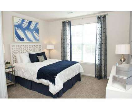 3 Beds - Sterling Magnolia at 3720 Wendwood Ln in Charlotte NC is a Apartment
