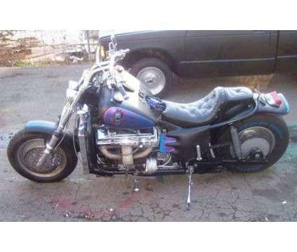 (1998 Boss Hoss is a Boss Hoss Road Bike in Klein TX