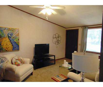 2 Beds - Lakemont Apartments at 3900 Cotswold Ave 100-d in Greensboro NC is a Apartment