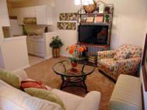 2 Beds - Colonial Apartments
